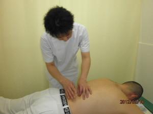 あんり治療院藤井理宇の腰鍼